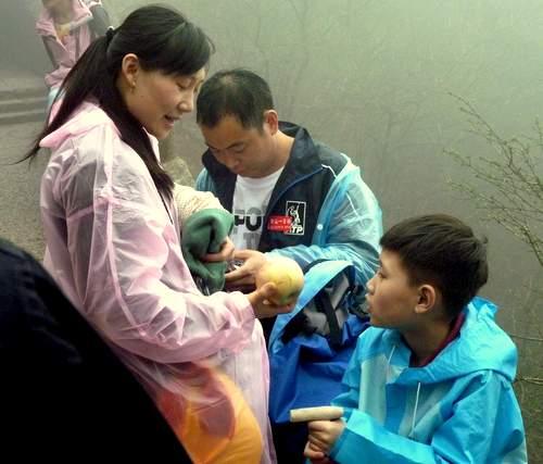 Chinesische Familie: Bald zwei Kids statt nur einem. Foto: fmk